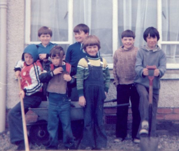 Gardeners at Schoolhouse - Sept 1978