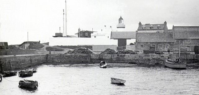 Cromarty Harbour - c1905
