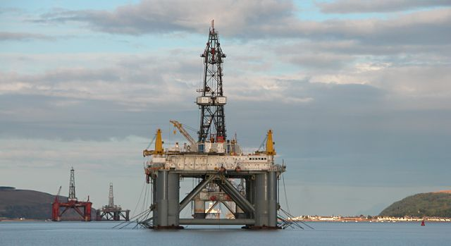 Six Rigs off Cromarty