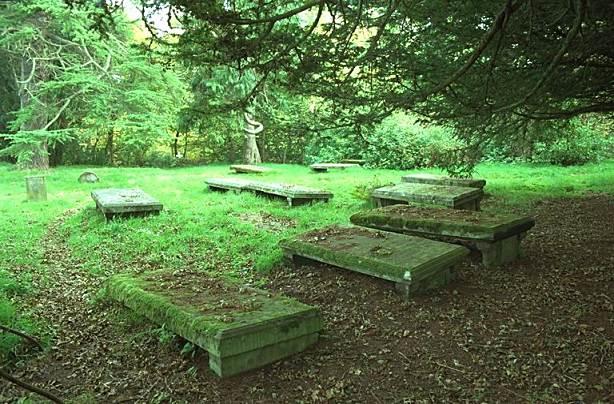 St Regulus Graveyard - 1998
