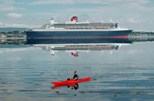 QM2 at berth at Invergordon