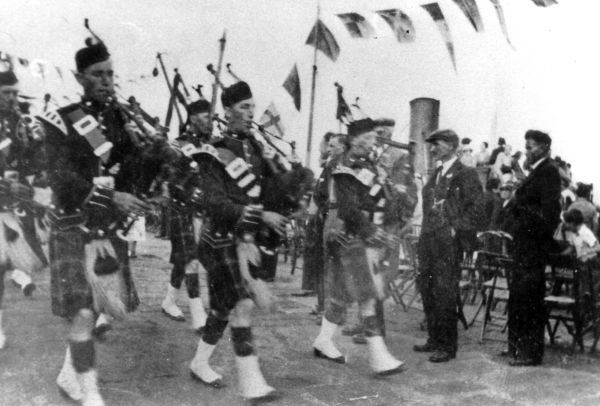 Cromarty Pipe Band - c1936