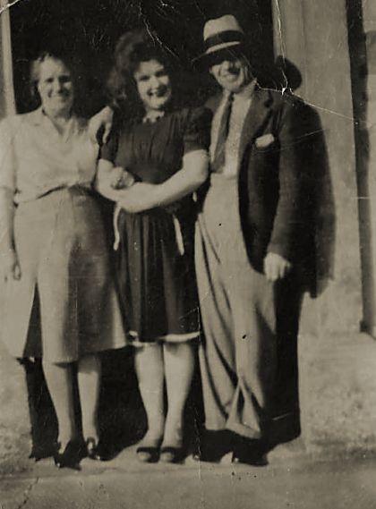 Ella, Jessie & Roddy (Derry) Duff