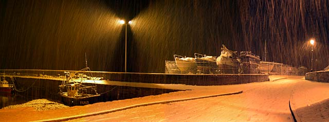 Snowfall at the harbour