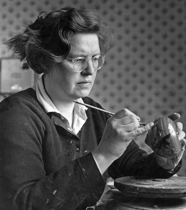 Alison Dunn, Potter 1925-2006
