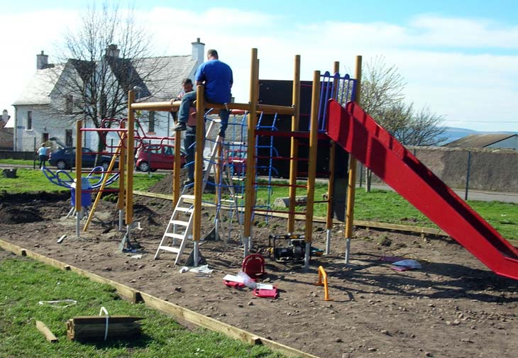 New play area being built in the park