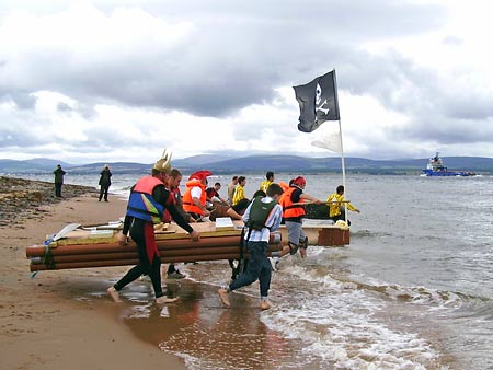 The start of the 2007 Raft Race
