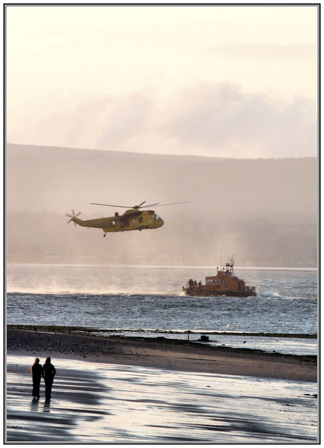 Lifeboat, Helicopter and audience.