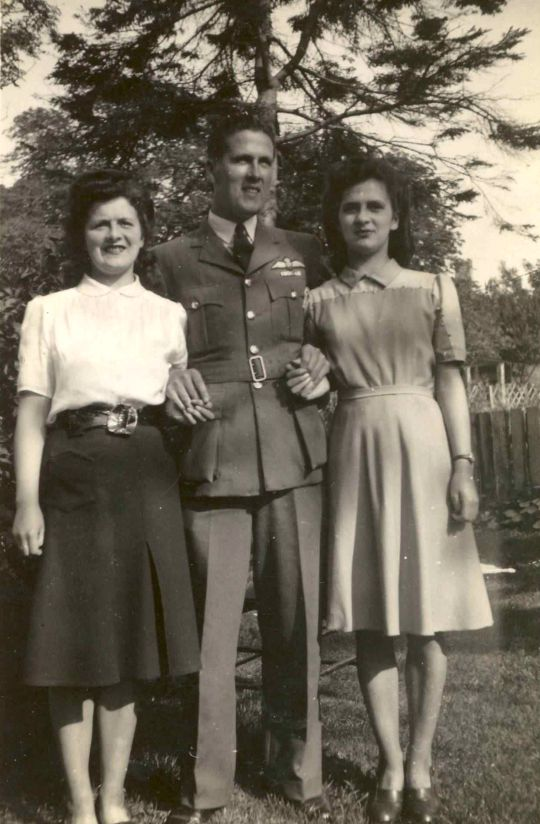 ?, Ewen and Catriona Gilles - c 1945