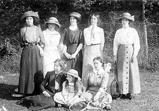 Tennis group c1910