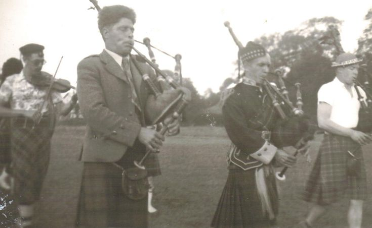 Cromarty Pipe Band - 1955