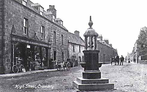 Old picture of the High Street