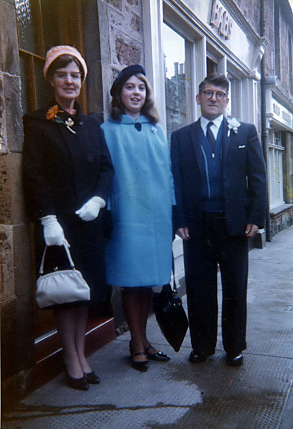 Peggy, Margaret (Tong) and Alex Cowie