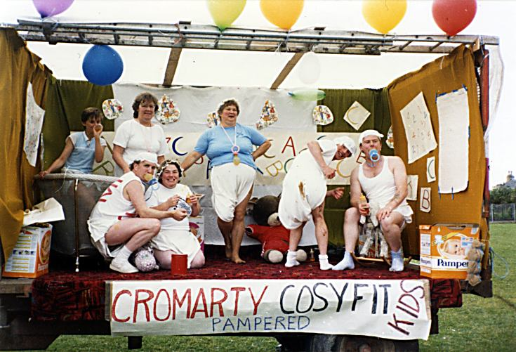 Gala Float - 'Cromarty Cosyfit Kids' - 1986