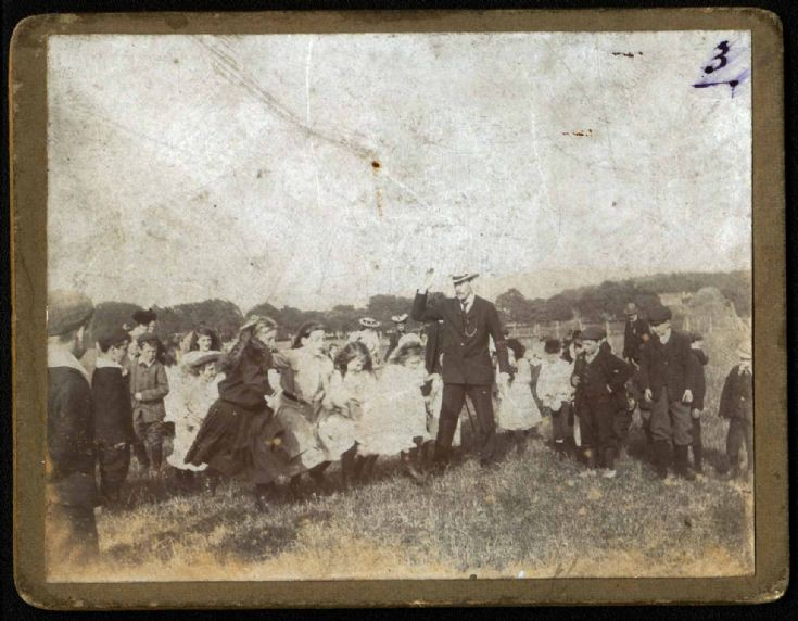 Cromarty UF Church Sunday School sports day - 1912