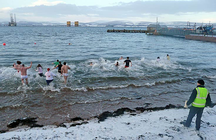 Happy New Year from the Cromarty Splash and Dash