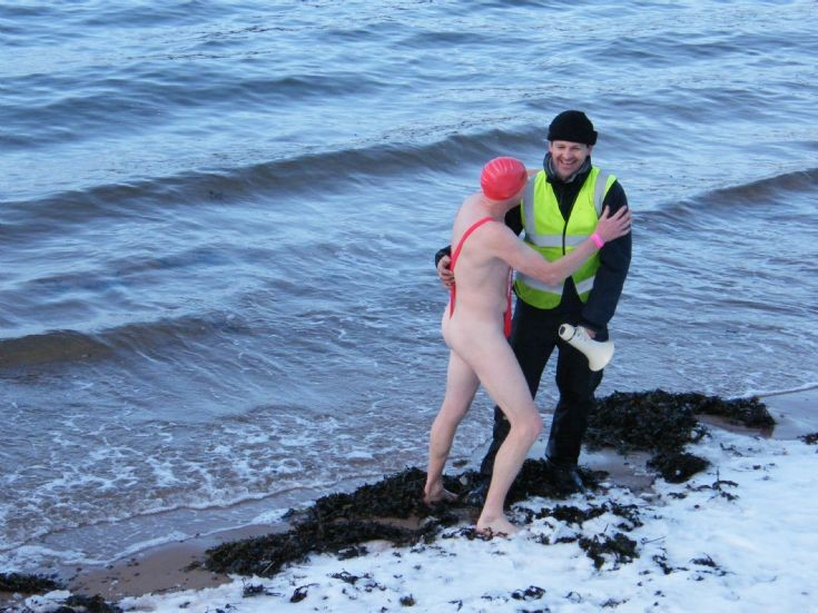 Jan 1st. Cromarty Splash and Dash. A quick kiss before we go?