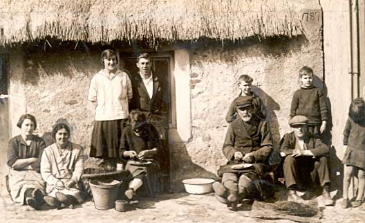 Fishertown Family Group - c1920??