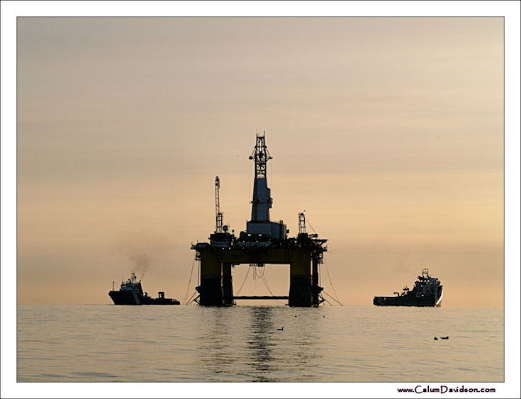 Semi-Sub Transocean Rather - Off to Africa