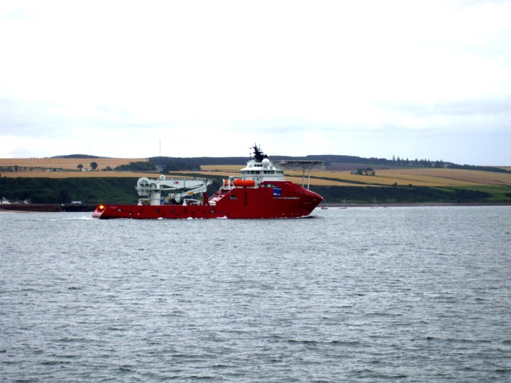 new build vessel Skandi Skolten on it's way to Invergordon