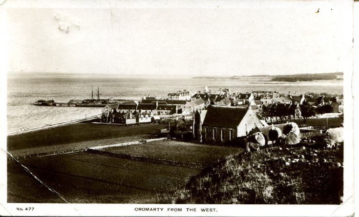 1910 postcard of Cromarty form the west