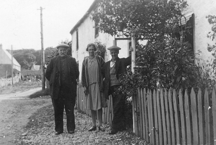 Family outside last house on Shore St - c1930
