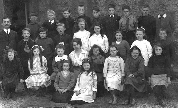 School Picture 1916