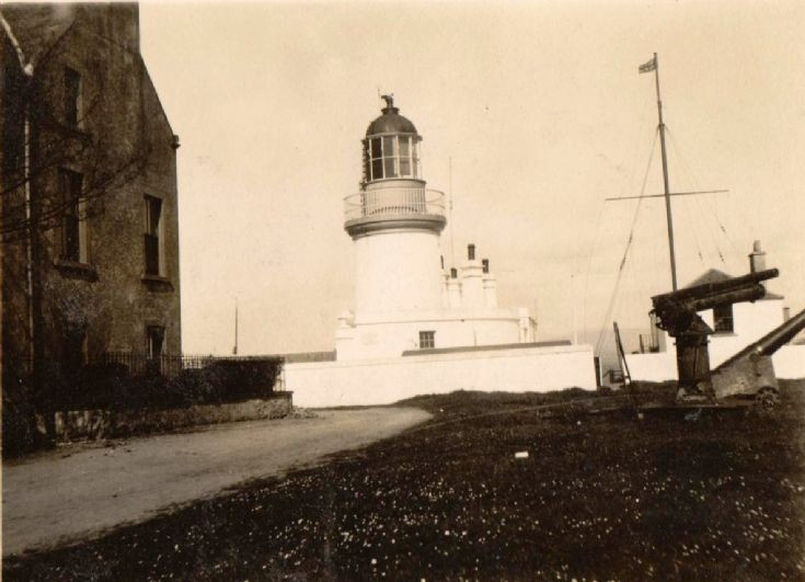 The lighthouse and Reay House