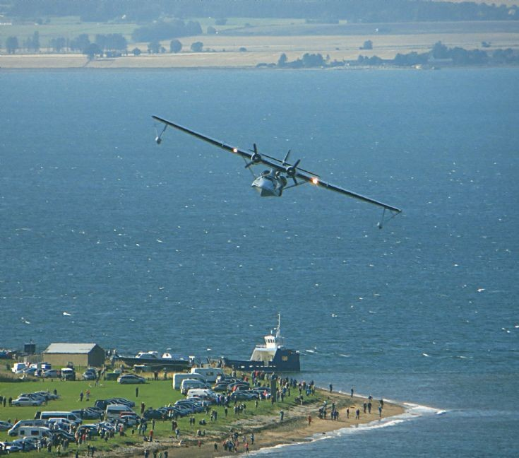 Catalina Flying Boat over Cromarty - 22nd August 2013