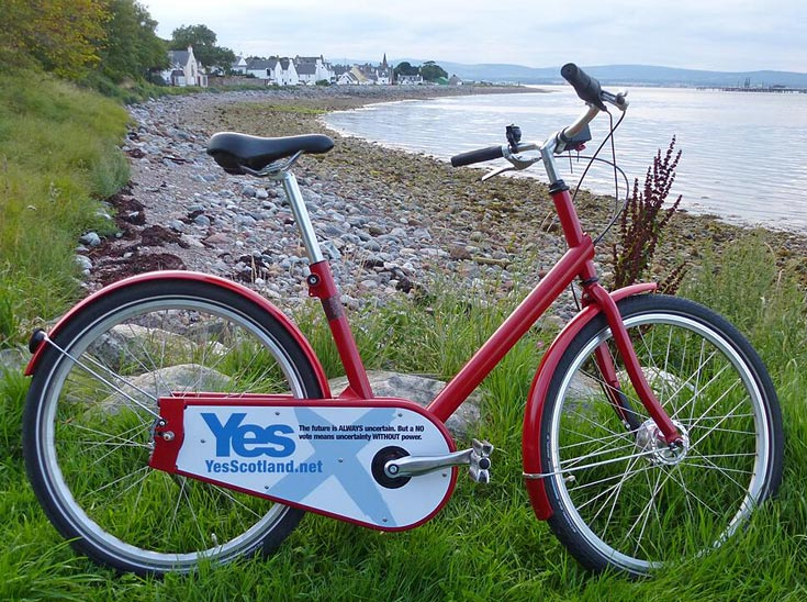 Cromarty's unofficial 'Yes' campaign bicycle