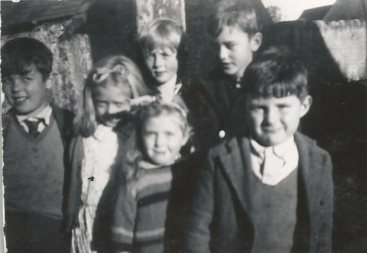 Group of youngsters - c1960???