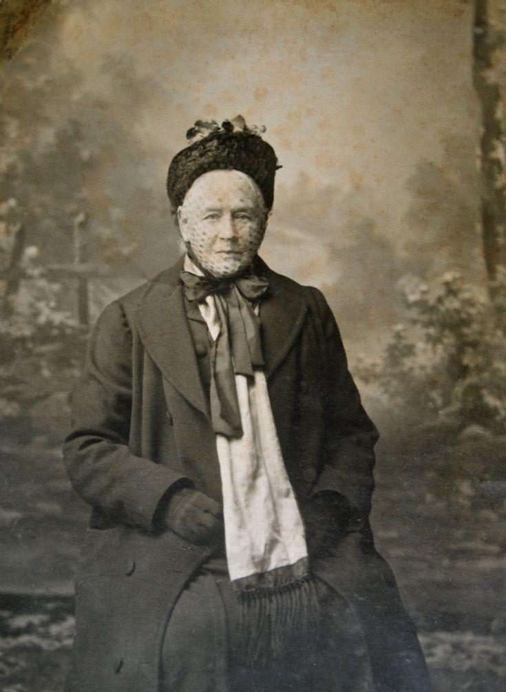 Harriet Davidson nee Hindmarsh.