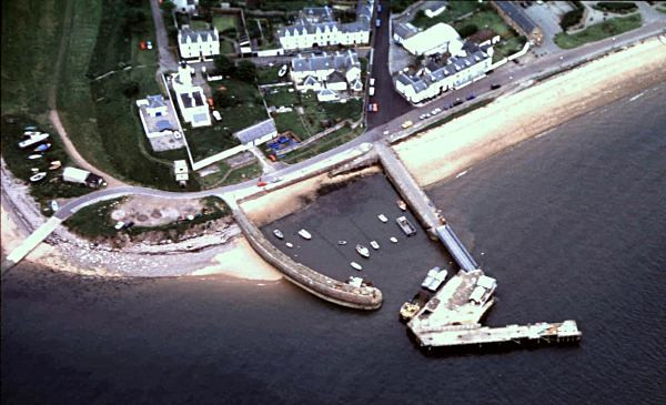 Aerial view of Harbour - 1998