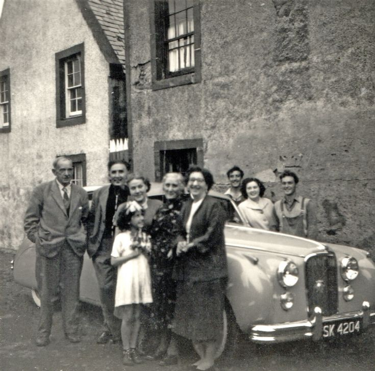 Robertsons at the Shore Inn, Gordon's Lane - c1959