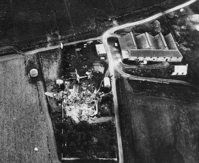 'Plane crash at Allerton Farm - 1944
