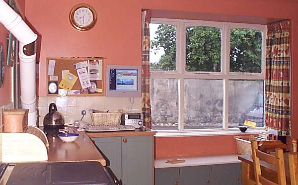 Kitchen at 31 Bank St - 2003
