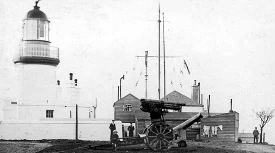 Lighthouse, Coastguard Station and Gun - c1916