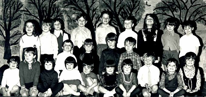 Primary 3? on stage - c1974
