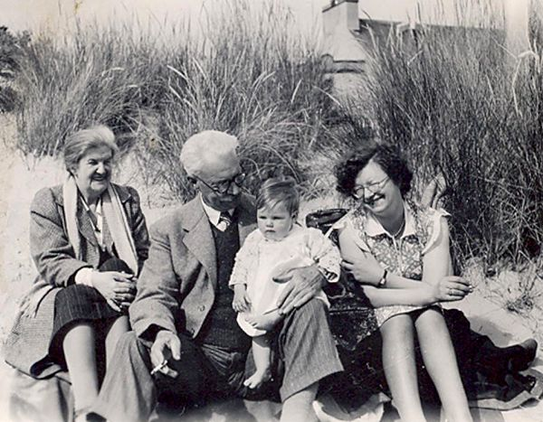 Picnic on Nigg Beach - 1945