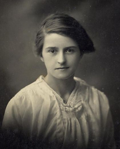 Mary Davidson - c1910