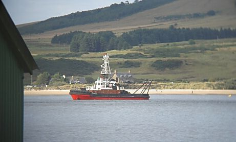 Tug and Nigg Beach - 2003
